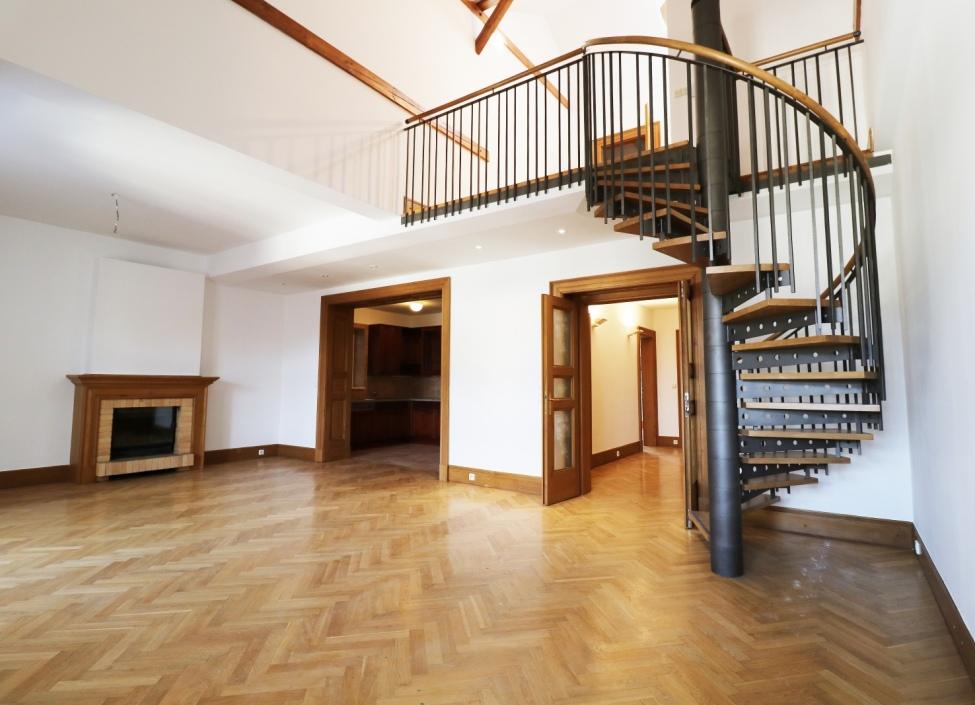Kancelářské prostory k pronájmu, Praha 1 - 111m2 0