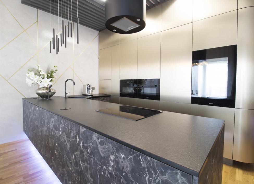 Luxusní mezonetový byt na prodej, Praha 8 - 186 m2 0