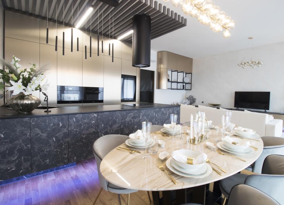 Luxusní mezonetový byt na prodej, Praha 8 - 186 m2 1