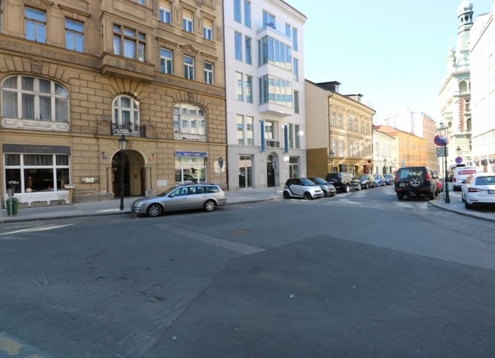 Obchodní prostor k pronájmu na Praze 1 1