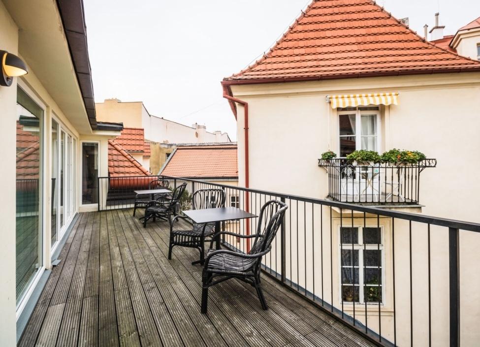 Luxusní byt s terasou v historickém centru Prahy 1 - 176m 0