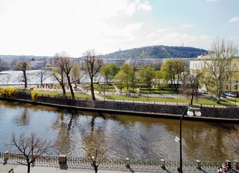 Luxusní byt na pronájem - Praha 1 - Nové město - 78m 1