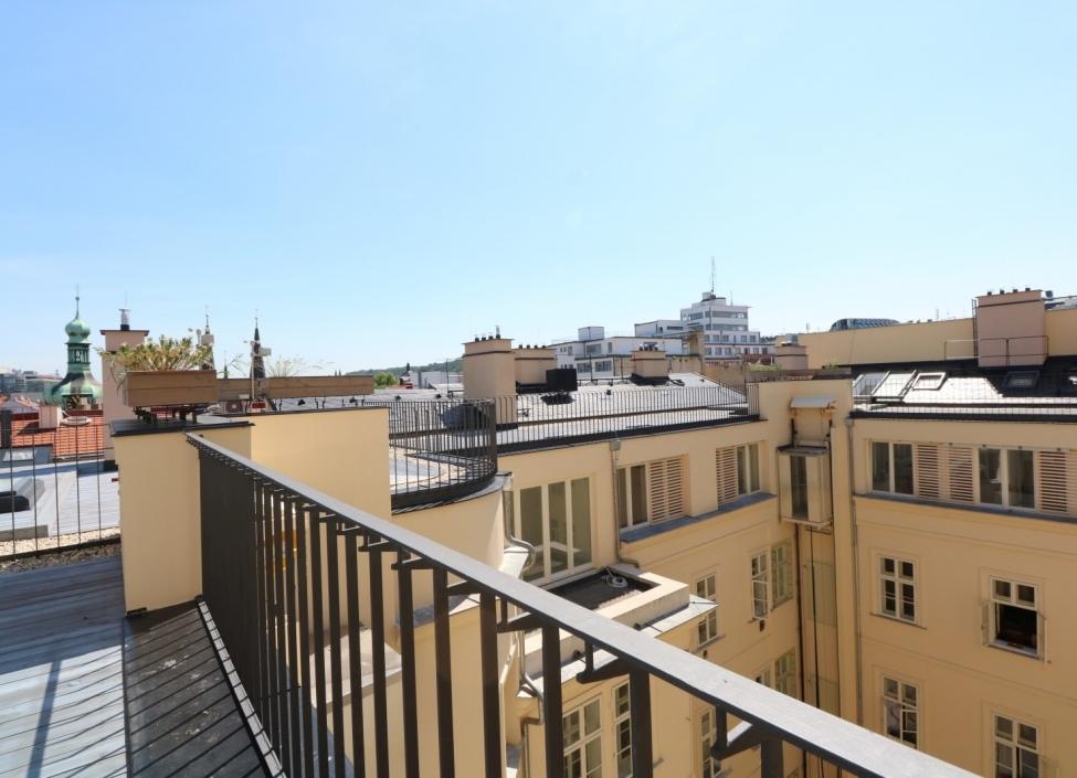 Luxusní byt Petrské náměstí 131m 1