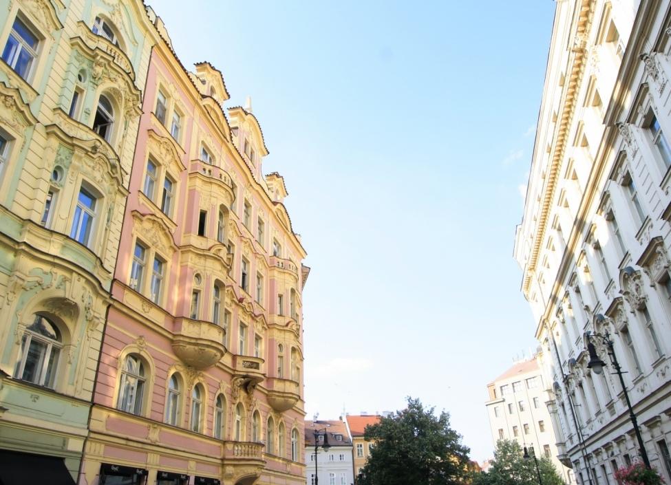 Luxusní byt s balkonem 125m 1