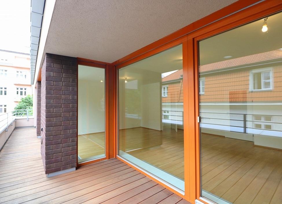 Luxusní byt na prodej v Podolí 127m 0