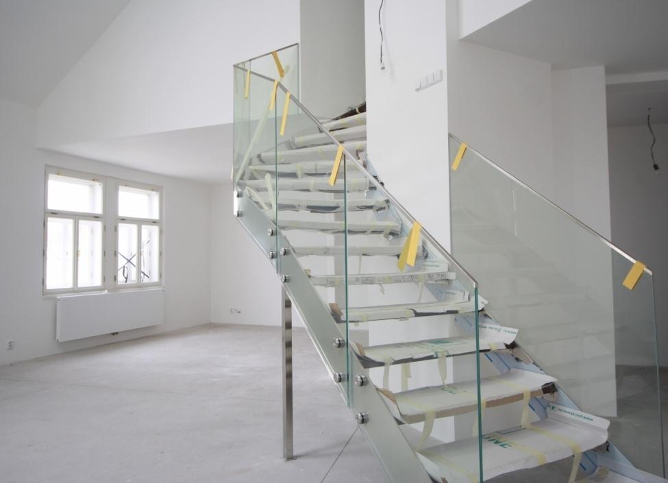 Mezonetový byt s terasou Praha 2 - 204m 1