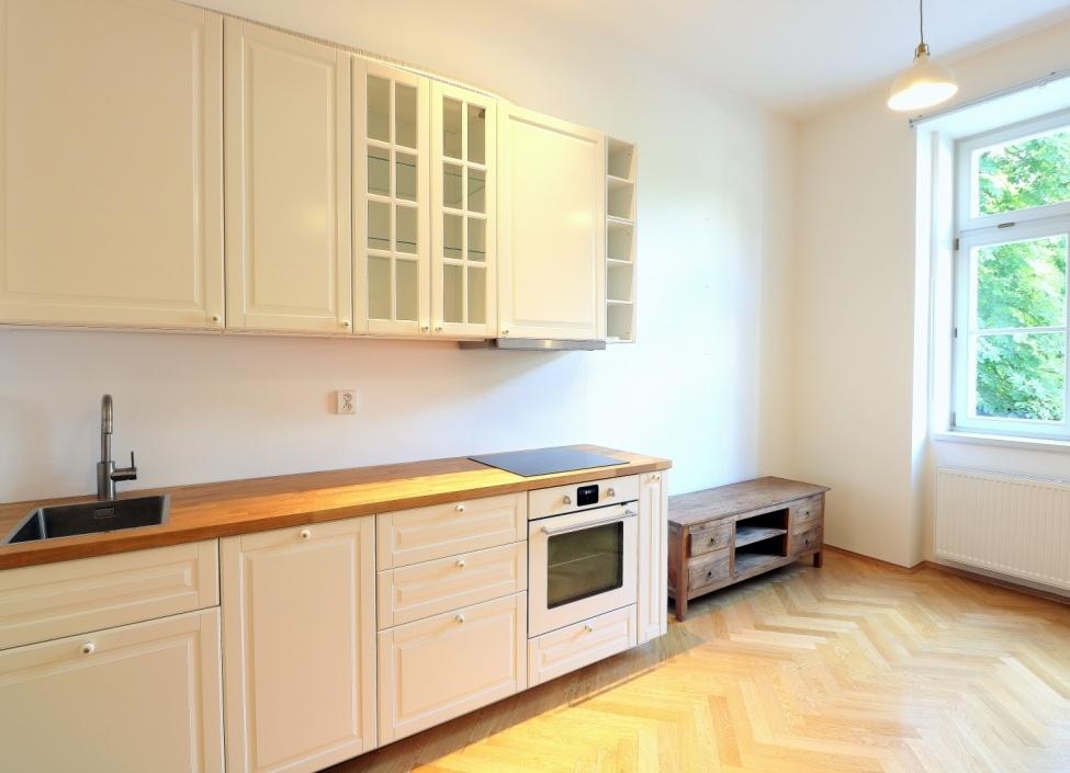 Pronájem luxusního bytu 50 m2 - Praha 7 0