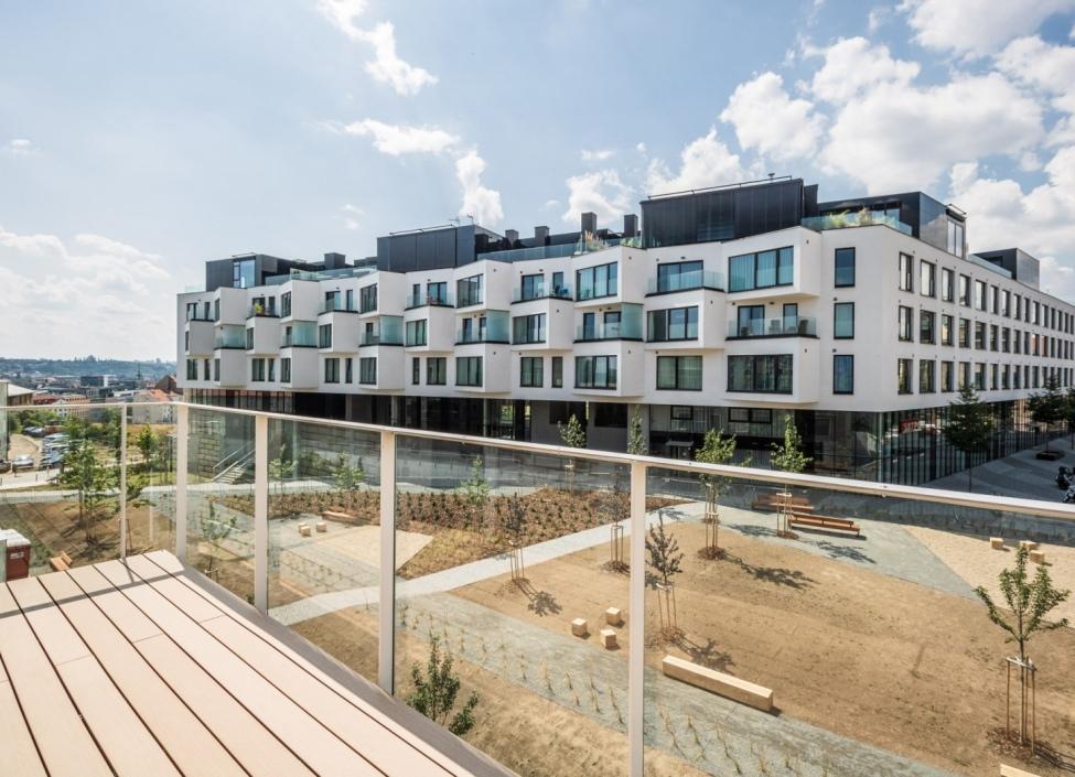 Luxusní byt s terasou na Praze 5 - 50m 1