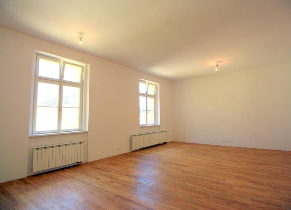 Luxusní byt na Praze 1 - 88m 0