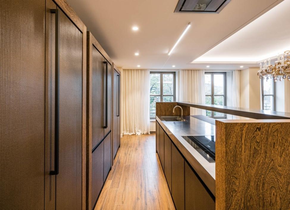 Luxusní byt na pronájem Smetanovo nábřeží 235m 0