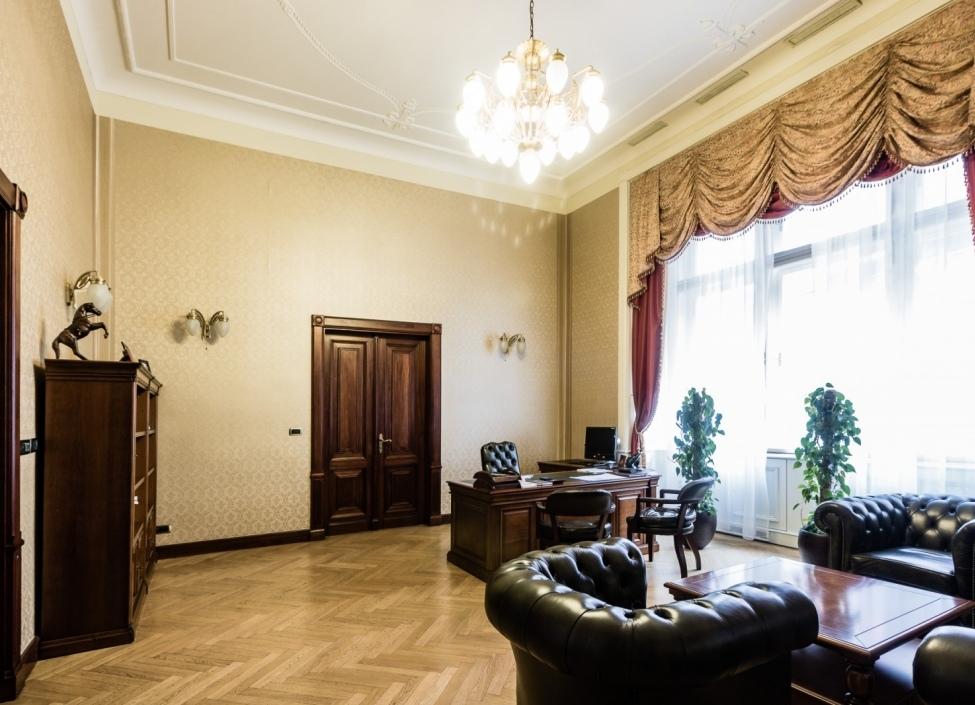 Hotel for sale Prague 5 - 1104m 1
