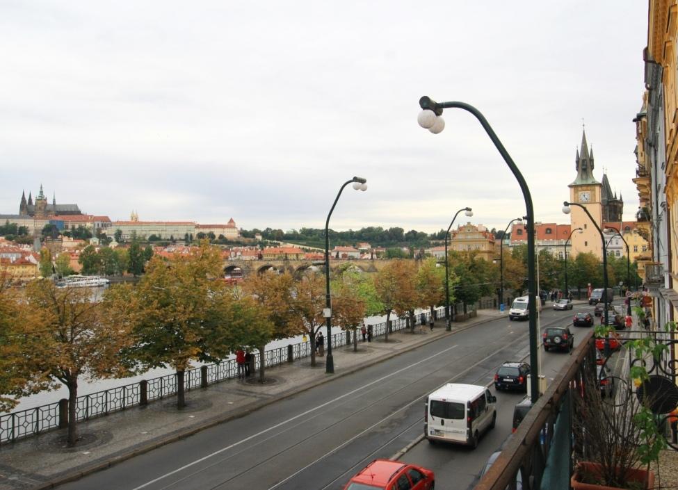 Luxusní byt na Smetanově nábřeží 148m 0