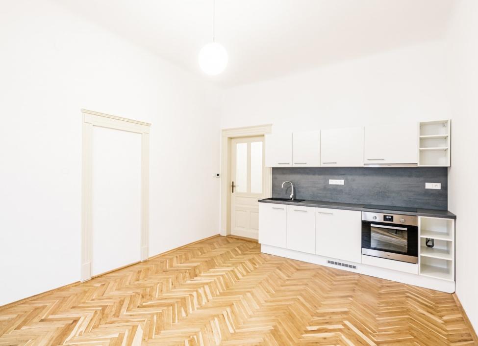 Luxusní byt na pronájem Nové Město - 87m 0