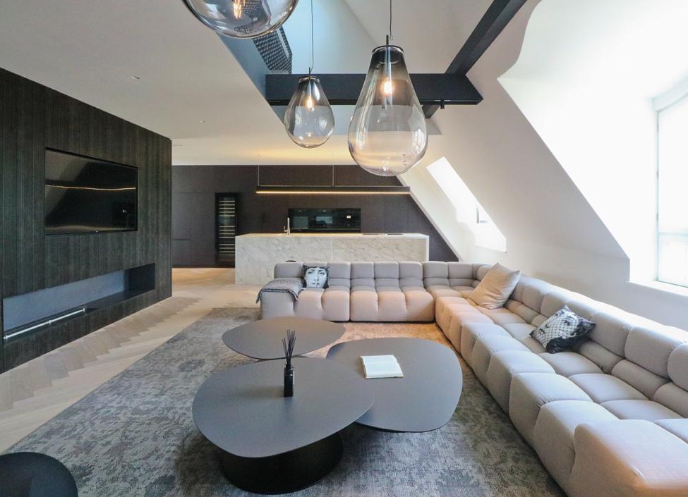 Prodej luxusního bytu Praha 1- 212m 0