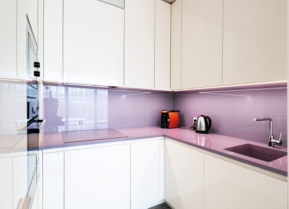 Luxusní byt na pronájem - V Tower 112 m2 1