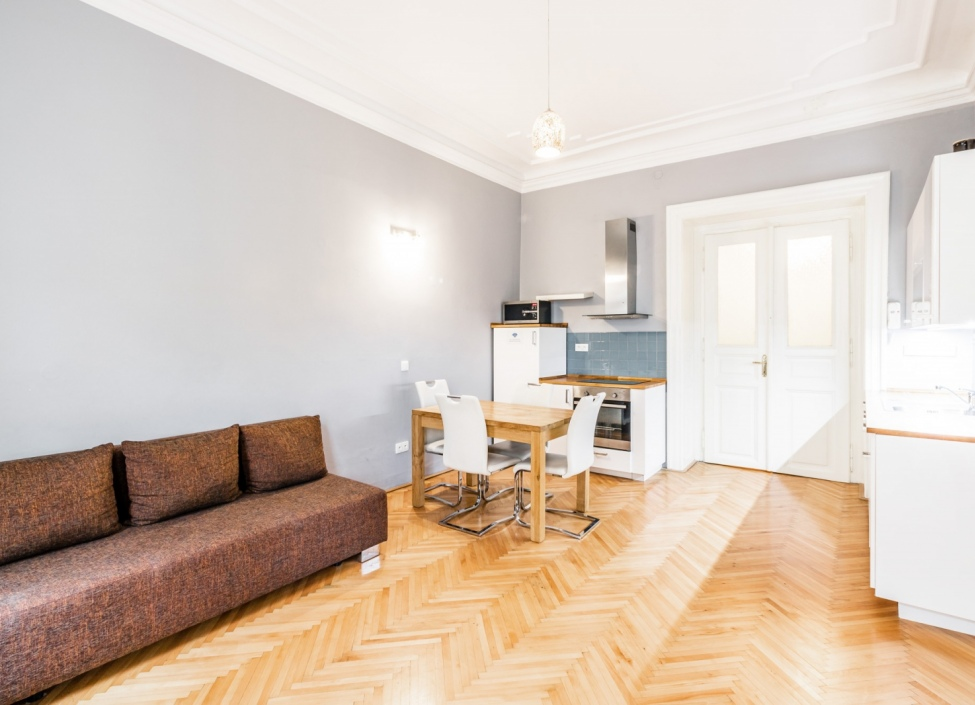 Luxusní investiční byt Malá Strana 49m 0