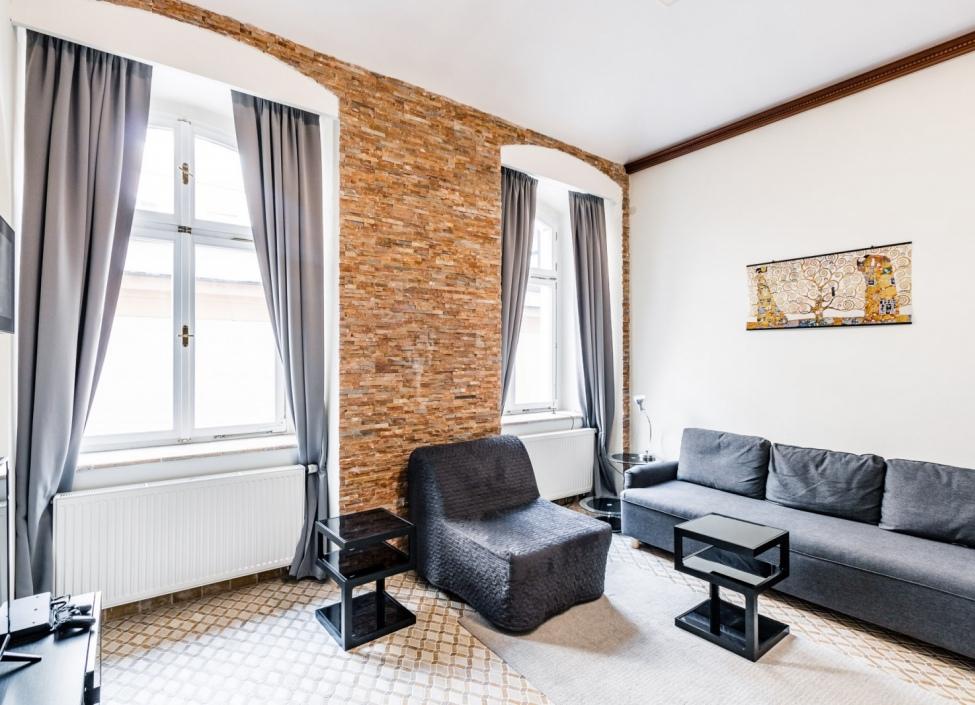 Luxusní investiční byt - Praha 1 - 80m 1