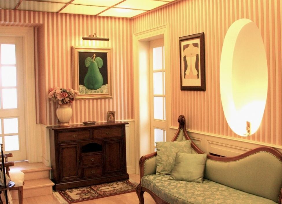 Luxury apartment in Pařížská street, 262m 1