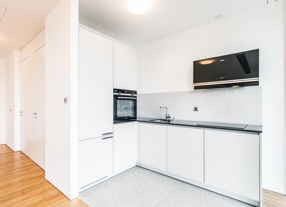 Prodej luxusního bytu s terasou - Praha 4 - 81m 1