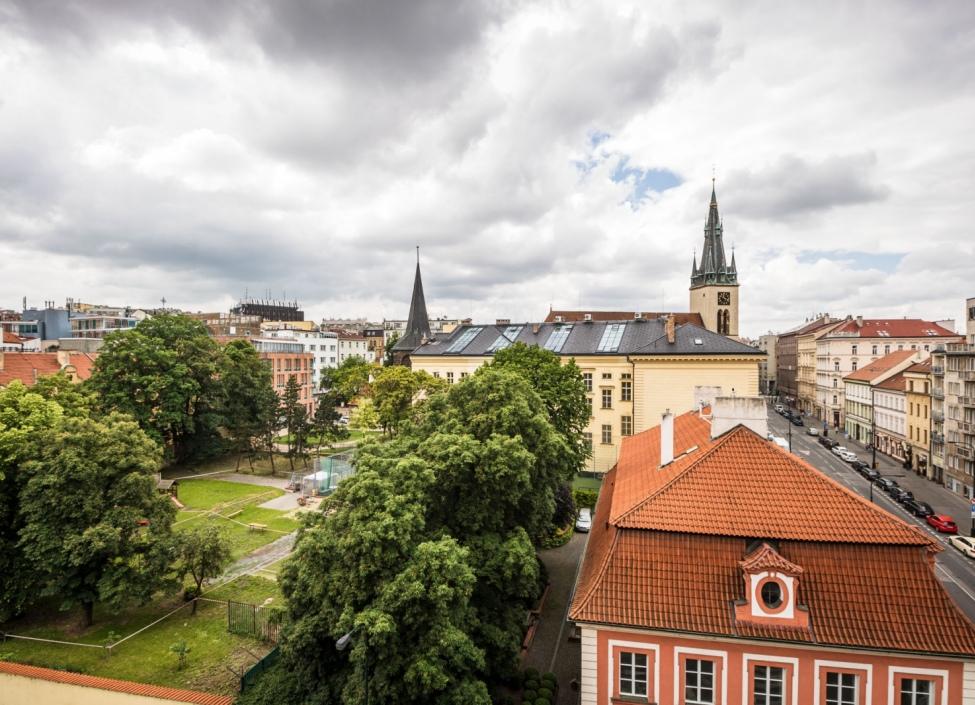 Obchodní prostory k pronájmu Praha 2 - 74m 1