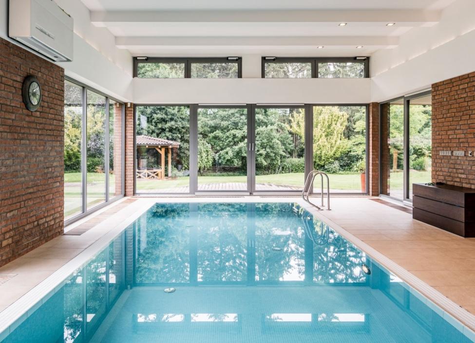 Luxusní vila s bazénem na prodej - Praha západ - 812m 0