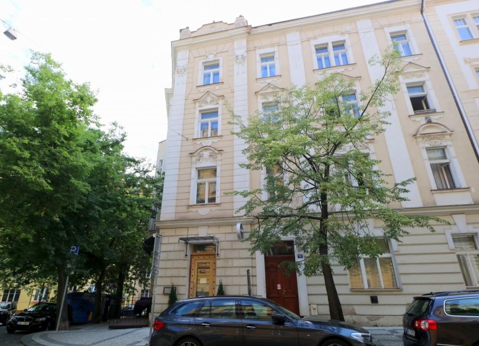 Prodej restaurace na Praze 2 - 285m 1