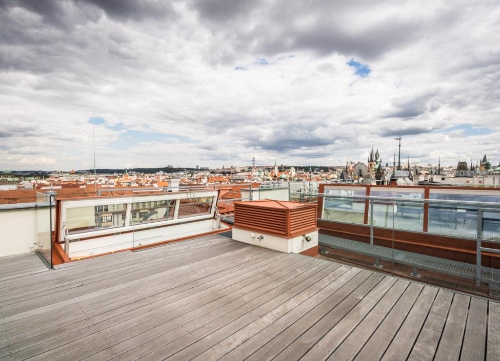 Luxusní kancelář na pronájem se střešní terasou, Praha 1 - 201 m2 0