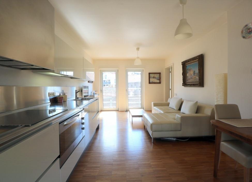 Luxusní byt na prodej Praha 3 - 65m 1