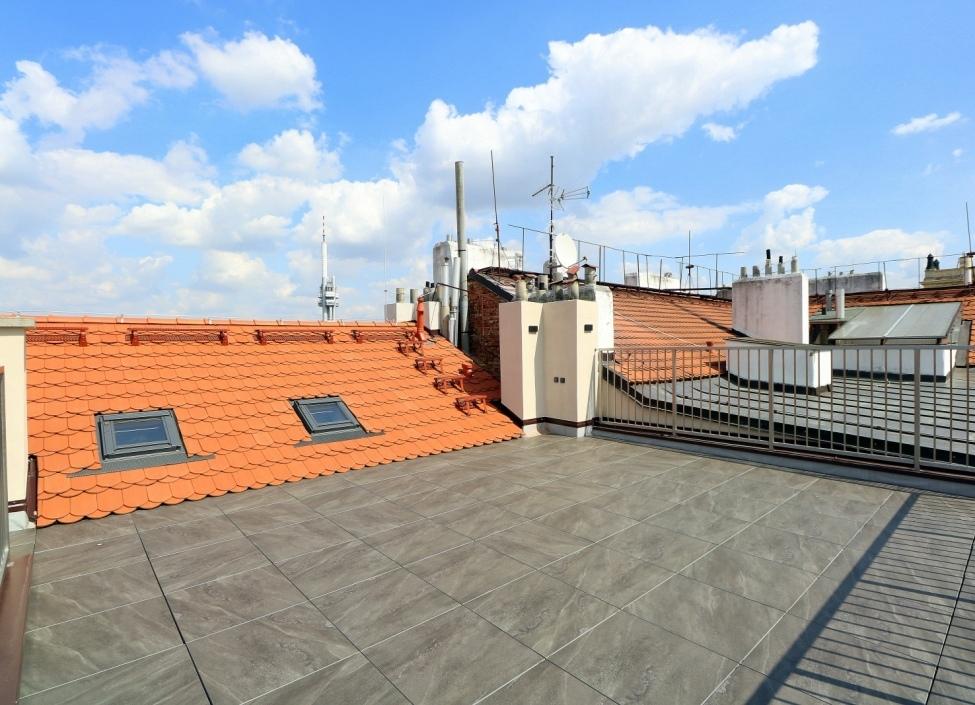 Luxusní byt s terasou na pronájem - Praha 2 0