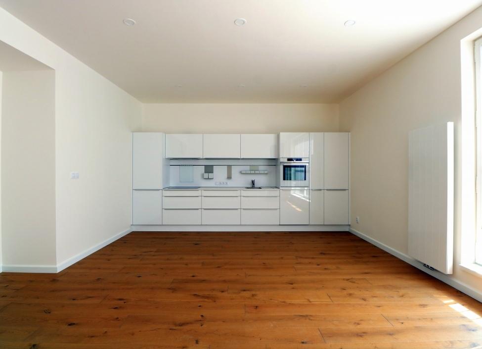 Luxusní byt s terasou na pronájem - Praha 2 1