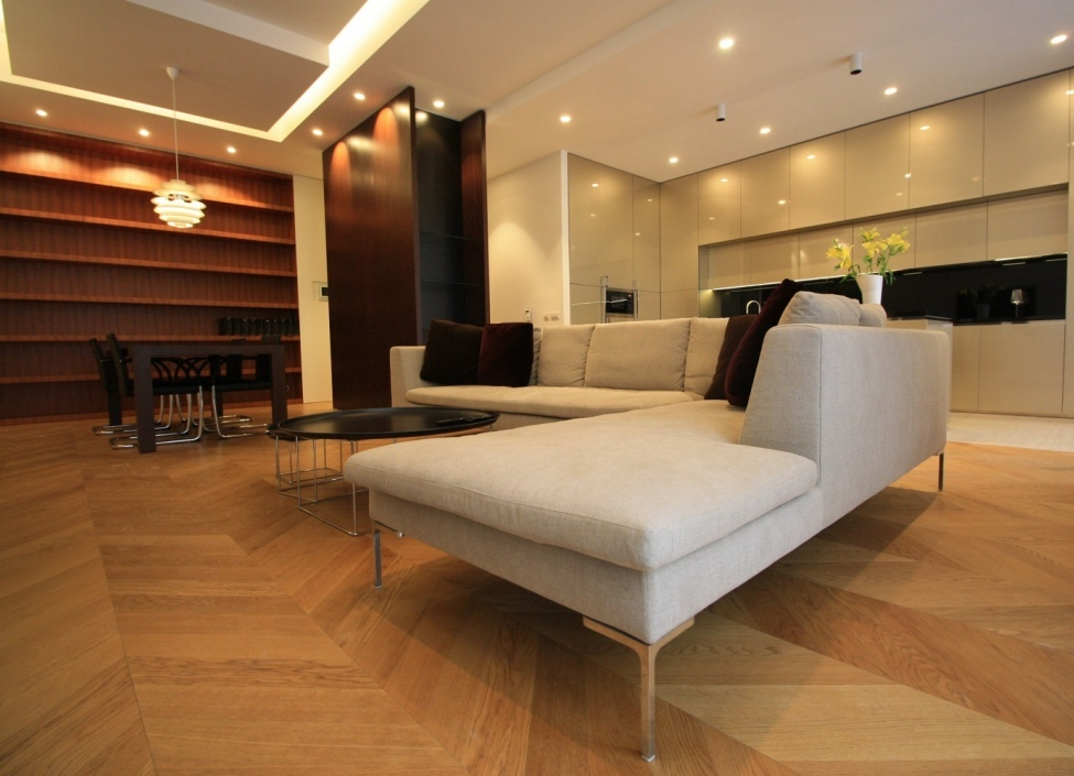 Luxusní byt s balkonem 159m 1