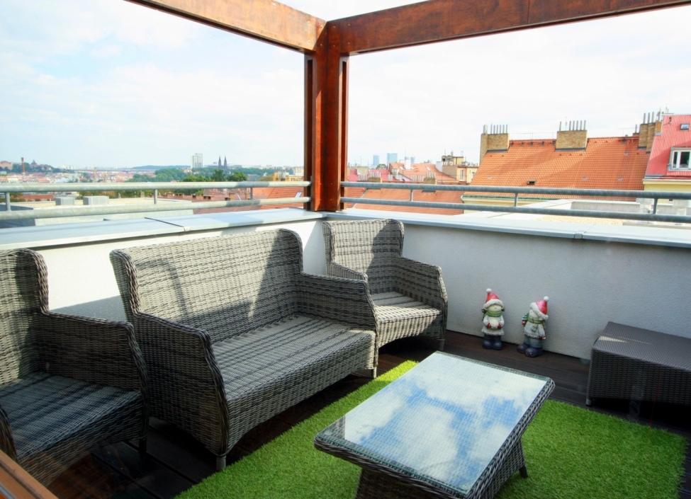 Luxusní byt s výhledem na Prahu 0