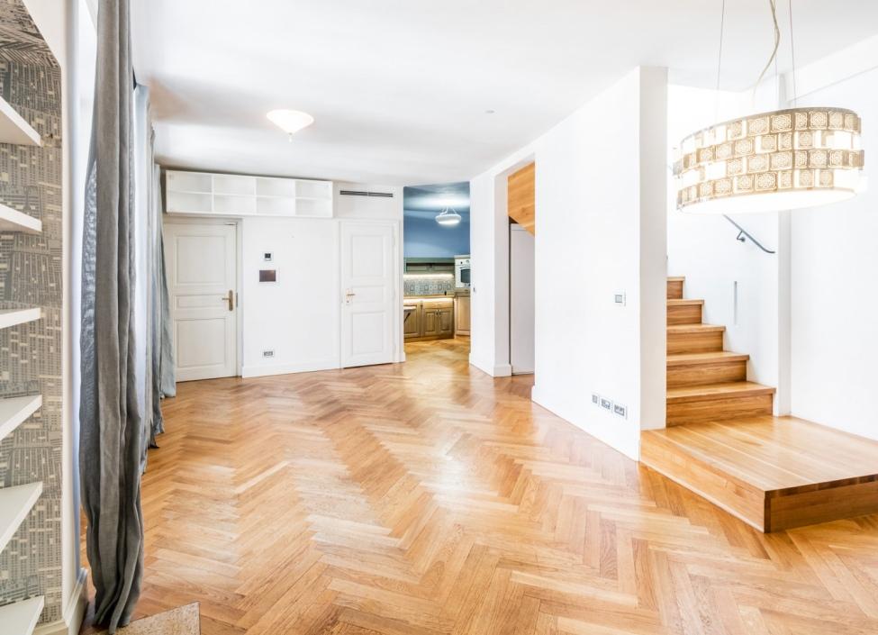 Luxusní byt na prodej na Malé Straně 98m 1