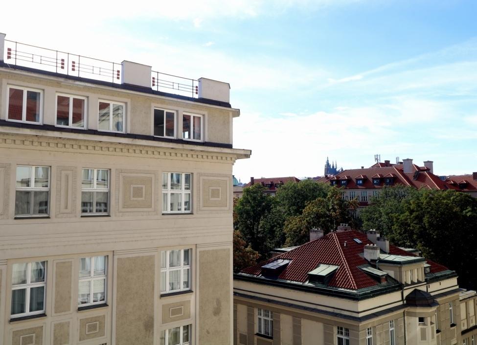 Luxusní byt v Pařížské s výhledem na Hrad 0