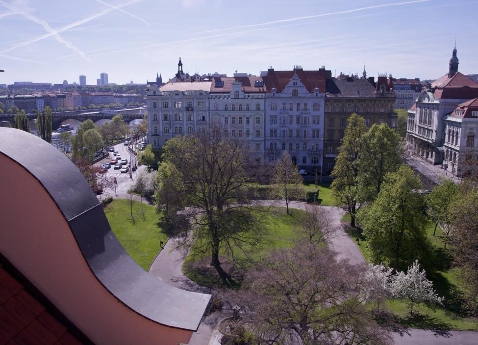 Mezonezový byt na nábřeží Praha 212m 1