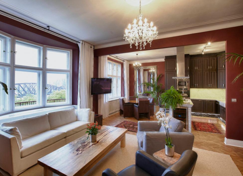 Luxusní byt k pronájmu s výhledem na Vyšehrad 130m 1
