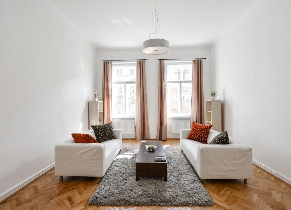 Luxusní byt k pronájmu Praha 2 - 107m 0