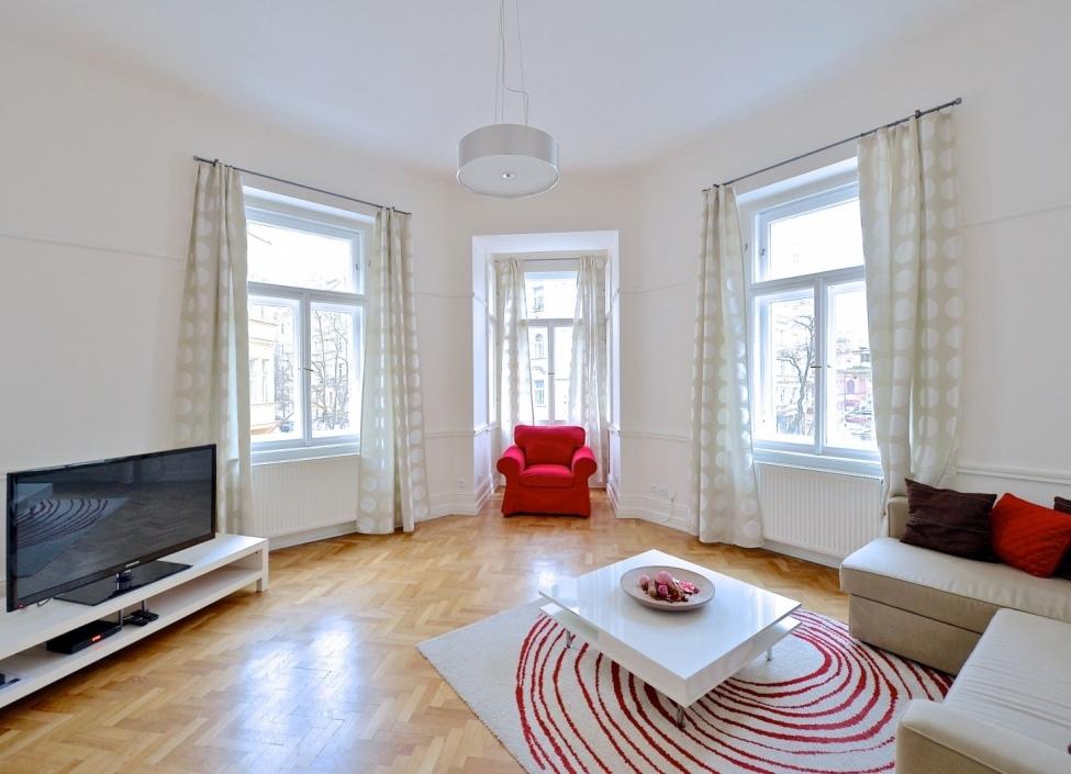 Luxusní byt k pronájmu Praha 2 - 103m 0
