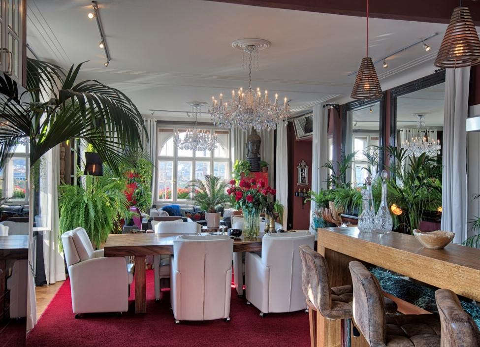 Luxusní penthouse kancelář k pronájmu s výhledem na Vyšehrad - 600m 1