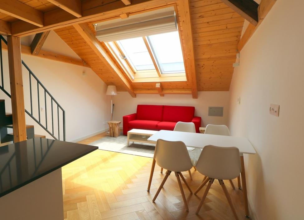 Luxusní mezonetový byt k pronájmu Praha - Nové Město - 125m 1