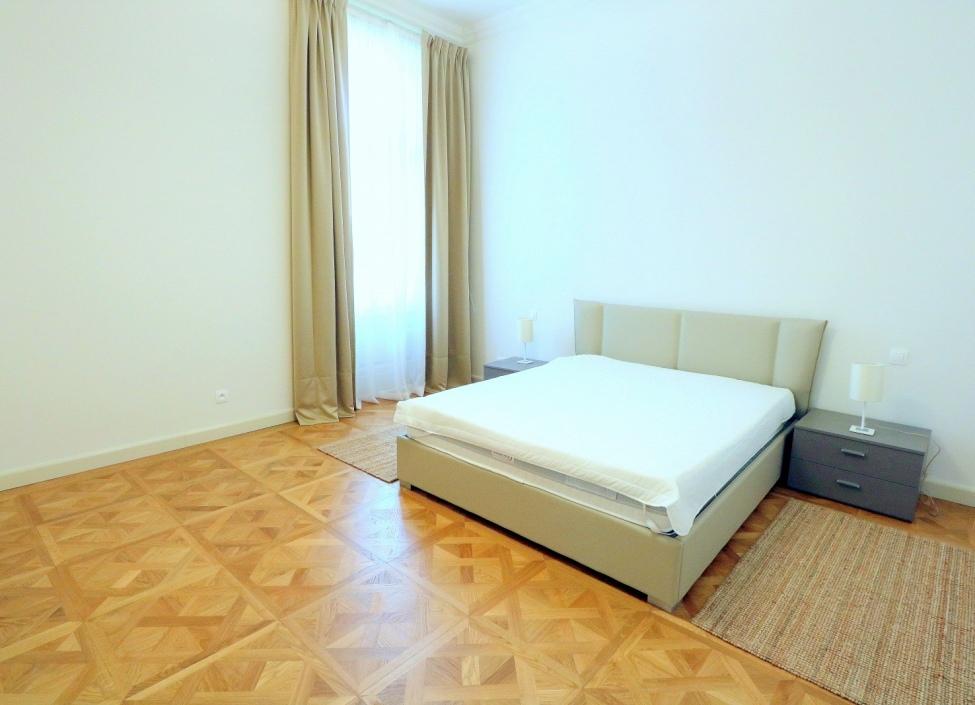 Luxusní byt na pronájem Praha 1 - 81m 1