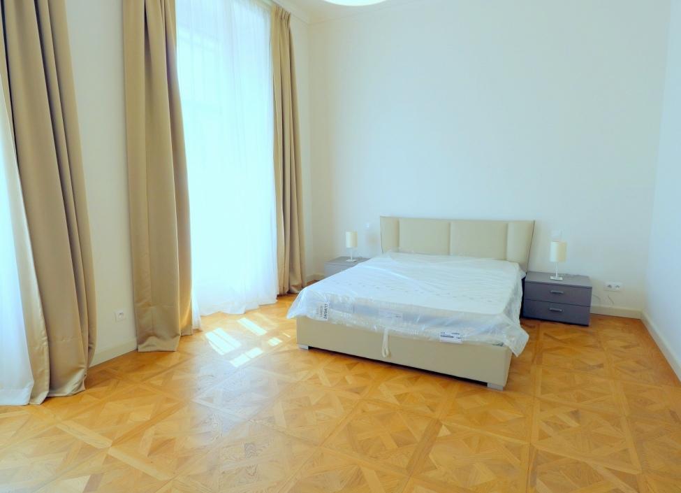 Luxusní byt k pronájmu v centru Prahy - 120m 0
