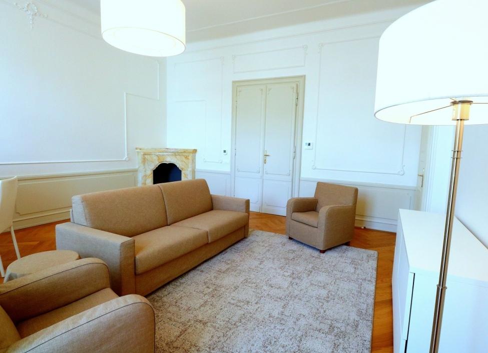 Luxusní byt s terasou k pronájmu Praha - 154m2 1