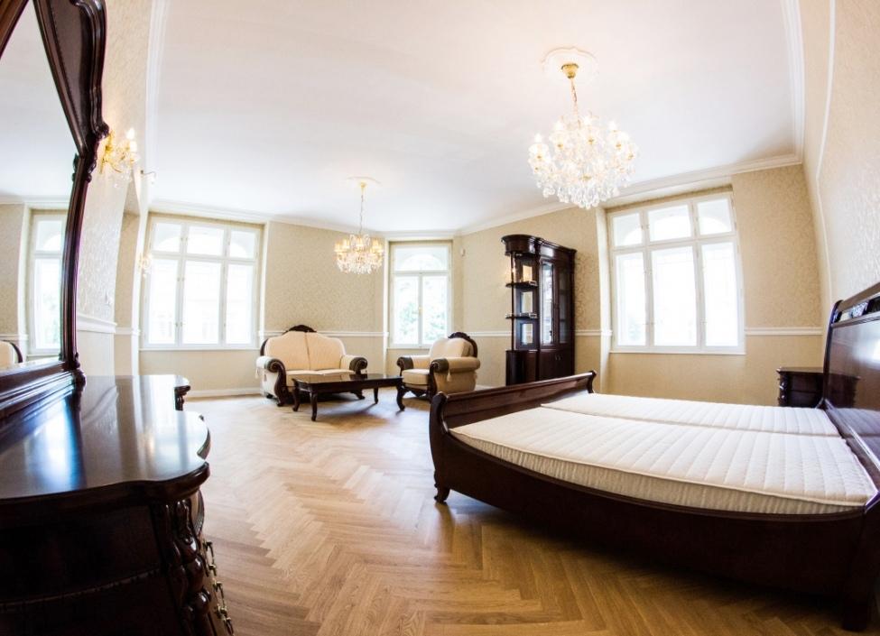 Luxusní byt u Letenských sadů, 34m 0