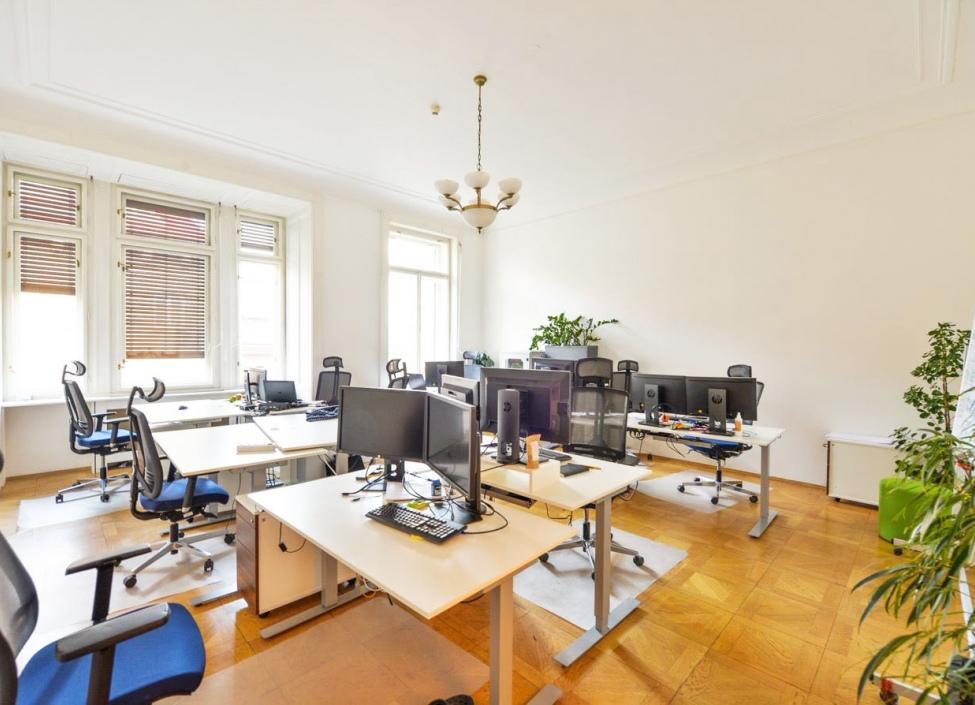 Moderní kanceláře k pronájmu, Praha 1 - 721m 1