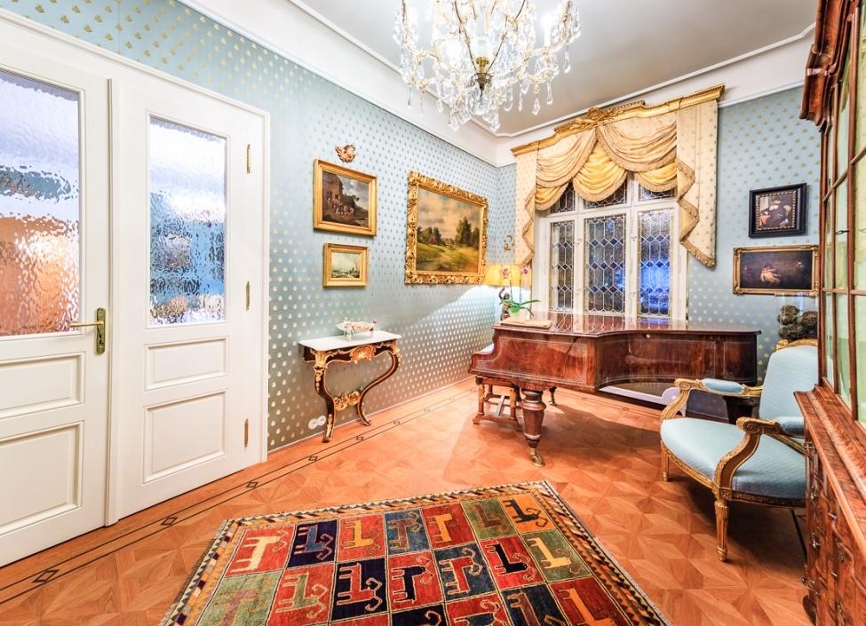 Luxusní byt Praha 2 - 133m 0