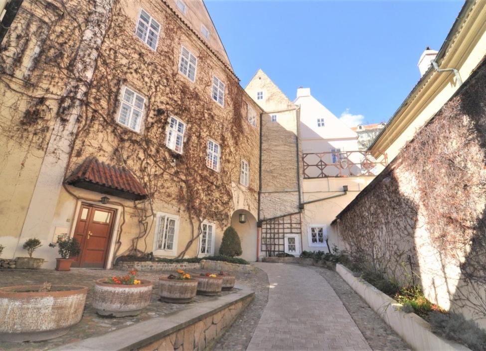 Byt k prodeji - Praha 1 - Malá Strana - 117m 1